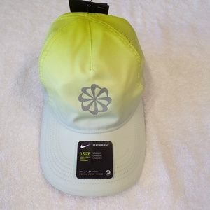 NIKE FEATHERLIGHT GRAPHIC RUNNING CAP NWT